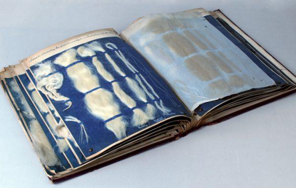 Textil- och fiberprovbok, 1908, Sundström & Lindquist ABs arkiv.