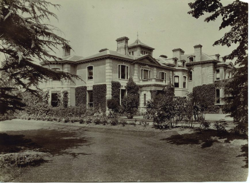 bo1046-kingsfield-south-and-east-view-ca1912